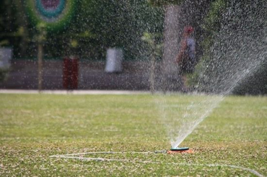THINGS TO KNOW BEFORE INSTALLING A SPRINKLER SYSTEM