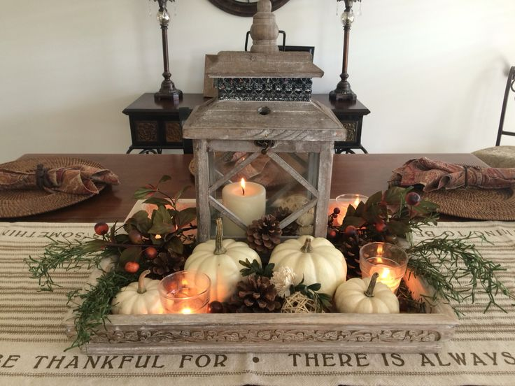 Fall dining room table center piece decor.