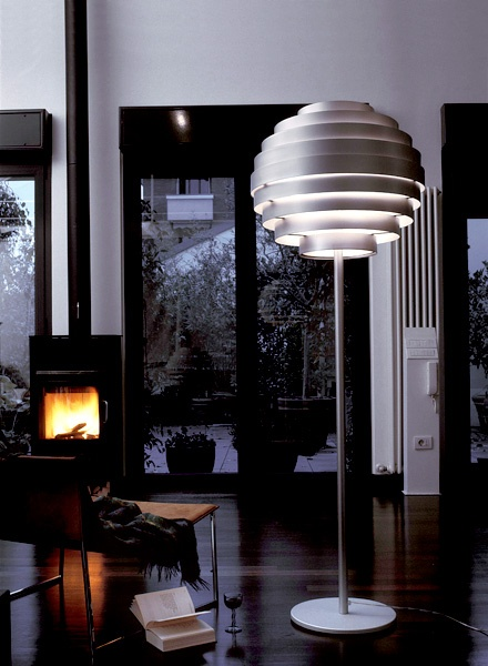 17 Best images about Modern Design on IMAESTRI.COM on Pinterest  Armchairs, Furniture and Stool ...