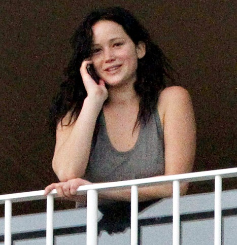 Jennifer Lawrence: No Makeup! Brown Hair! Weed! [Photos]   ..rh