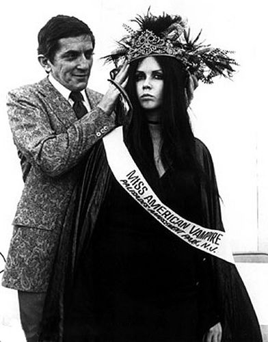 proletariangothic:  Sacheen Littlefeather: Native American, activist, beautiful, and very very goth before its time.