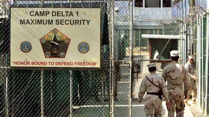 Guantanamo judge orders Marine lawyer to confinement for disobeying orders The Marine Corps general in charge of war court defense teams at Guantanamo Bay was found guilty of contempt Wednesday for disobeying a judge, marking the first time anyone has faced the charge during the military commissions. The military judge, Air Force ...