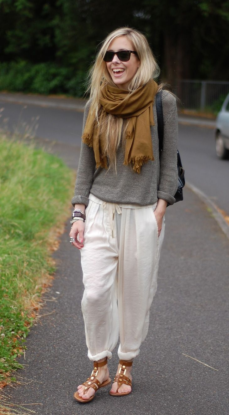 travel comfortably...great baggy outfit and fall colors