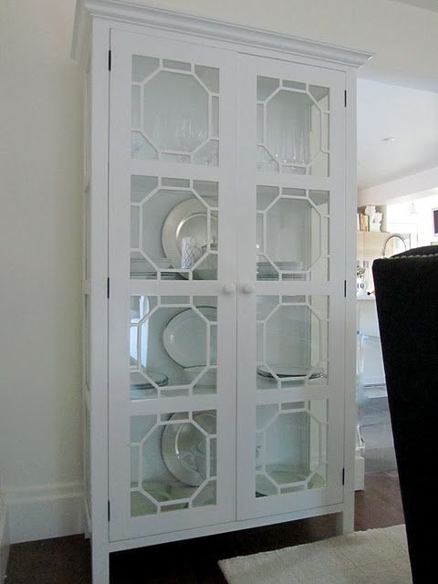 Desperately in love with this china cabinet!