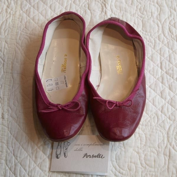 Ballerine Porselli in pelle color fragola lavorazione artigianale, suola in cuoio taglia nr. 38 http://www.homefoulie.it/shop/index.php?id_product=317&controller=product&id_lang=6