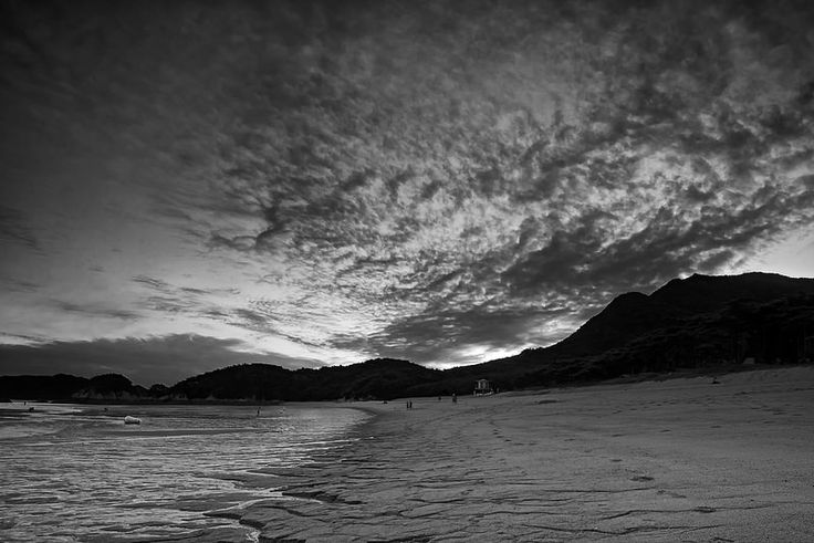 Batjireum Beach cloud formations on Deokjeok Island in Incheon.  http://www.mattmacdonaldphoto.com