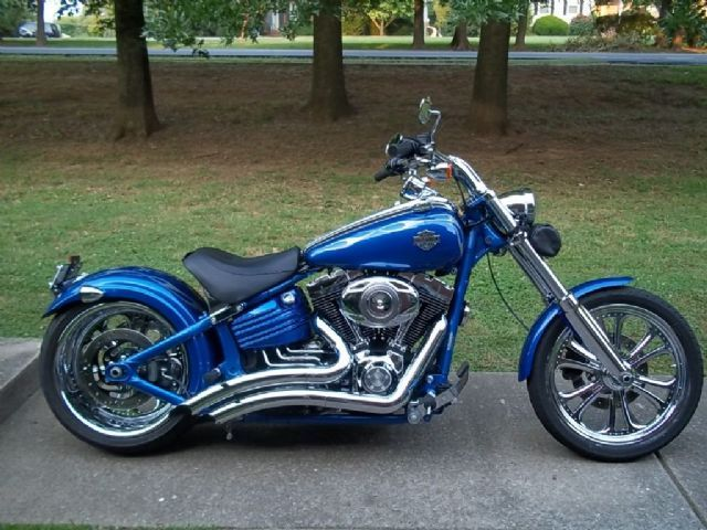 2008 Harley-Davidson ROCKER Cruiser , Blue, 9,000 miles for sale in Hendersonville, TN