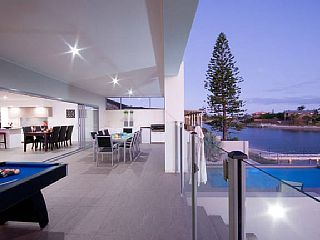 Great price!!!! Beautiful waterfront home close to beaches, theme parks and shopping centresVacation Rental in Mermaid Waters from @homeawayau #holiday #rental #travel #homeaway