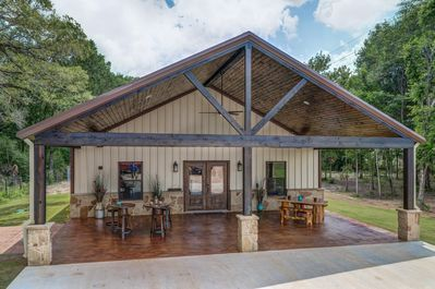 Beautiful Custom Barndominium Perfect For Aggie Gameday