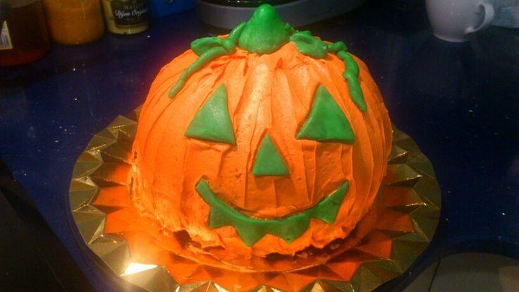 Pumping cake Halloween