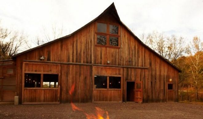 Enjoy tasty farm-to-table cuisine in this beautiful, 100-year-old rustic barn.