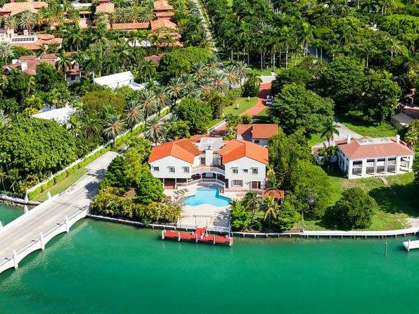 Contact the Toomey Team -  the Miami Beach real estate team at thetoomeyteam.com #miamibeach #realestate #miamibeach