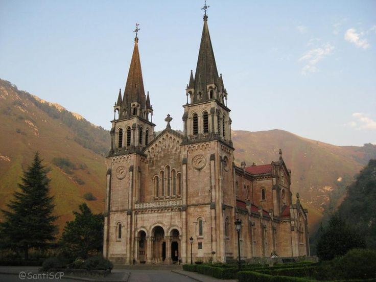 Santuario de Covadonga, foto de Santiscp