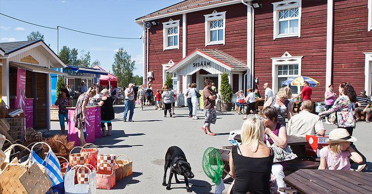 Tuurin Kyläkauppa on Suomen suosituin matkailukohde! Kyläkaupassa vierailee yli 6 miljoonaa kävijää vuodessa.