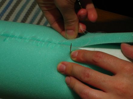 Awesome tutorial on how to make  your Bobbin Lace Pillow. Great pictures too.