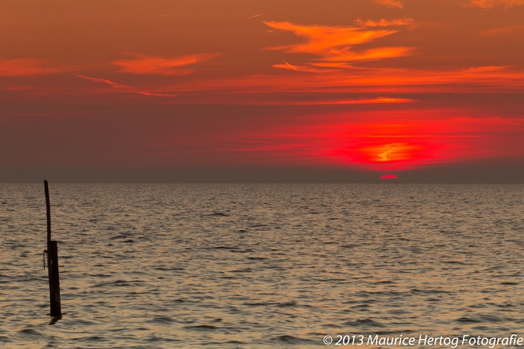 Red sun, Stavoren (Friesland)  Photo © Maurice Hertog Fotografie
