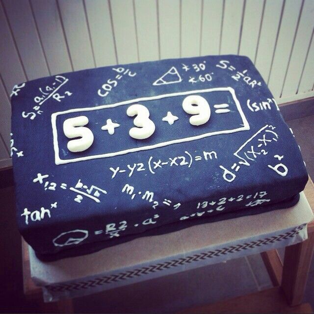 Best 25+ 17 birthday cake ideas on Pinterest 17th ...