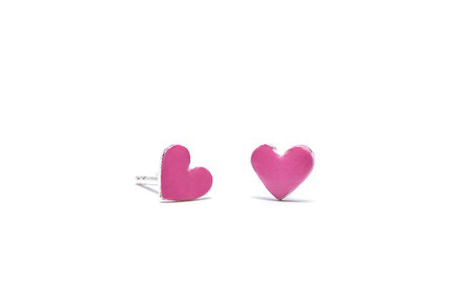 Boucles d'oreilles Rosie, un petit cœur très dévoué.