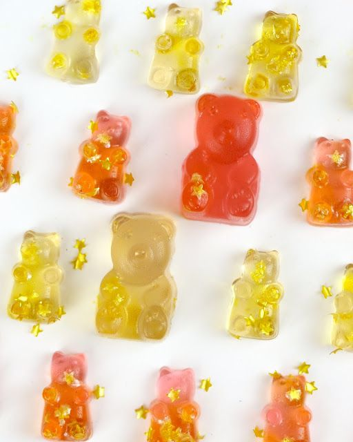 Video Diy Homemade Rose Champagne Gummy Bears With Non Alcoholic Option Lindsay Ann Bakes Champagne Gummy Bears Gummy Bears Best Gummy Bears