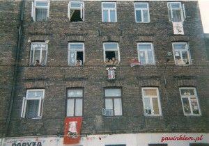 Papież na Ząbkowskiej. Niby tylko 23 lata minęły, a ulica… [Zobacz zdjęcia!]