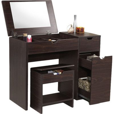 bedroom makeup vanity 1000 ideas about vanity table organization on 10564