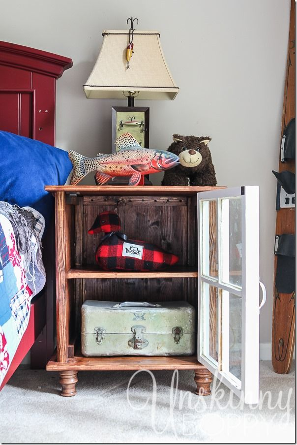 DIY Nightstands Made From Old Coke Crates :: Hometalk