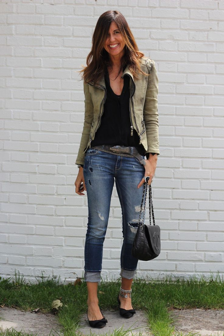 Great 32 outfits that fit together with ripped jeans