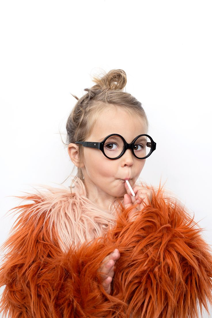 Fab looks for Very French Gangsters supercool kids glasses using the coat of the winter 2014 season from Bobo Choses!