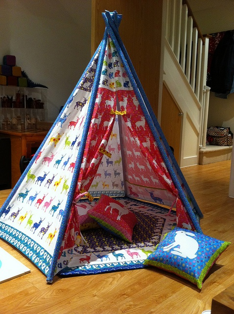 Awesome Teepee Play Tent from a Spoonflower cut & sew pattern