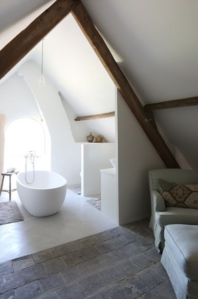Attic bathroon
