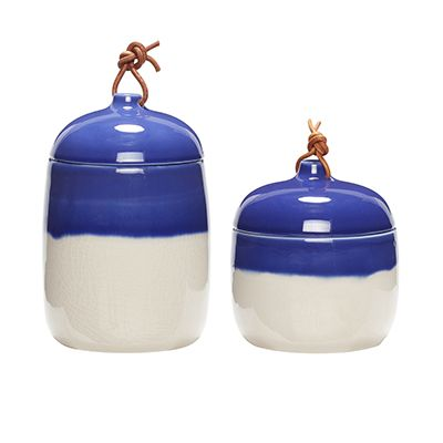 Ceramic jar with lid in a set of 2. Item number: 800402 - Designed by Hübsch