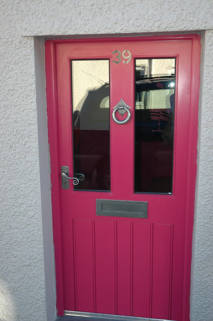 A very nice pink door with our pewter door furniture. Shown here are door numbers, letter plate, door handles and ring door knocker. For more click below: http://www.priorsrec.co.uk/door-furniture/letter-plates/pewter-letter-plates/c-p-0-0-3-33-89 #doorfurniture #doorhandles #doorknocker