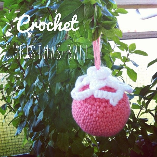 Crochet Christmas ball