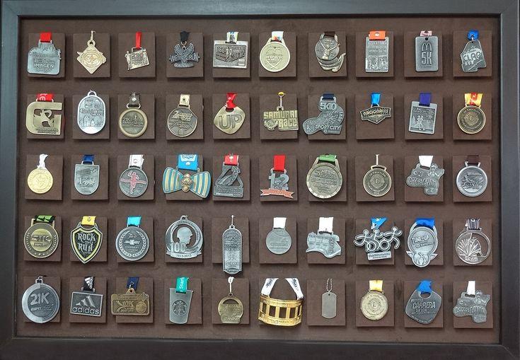 Medalleros en varios colores, luce tus logros, no los guardes. Excelente opción de regalo, entregamos a domicilio a todo México, solo $990.00 PayPal, tarjetas de crédito, meses sin intereses. Compra en línea www.run42.com y whatsapp 5549979305.