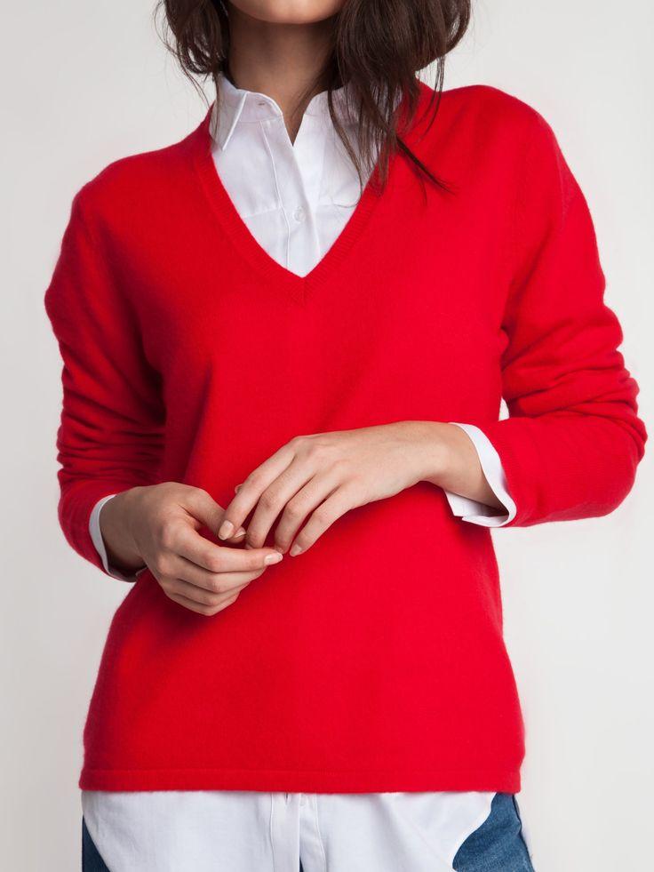 Женская коллекция.Кашемировый пуловер прямого силуэта с V-образным вырезом горловины. Laplandia For Women