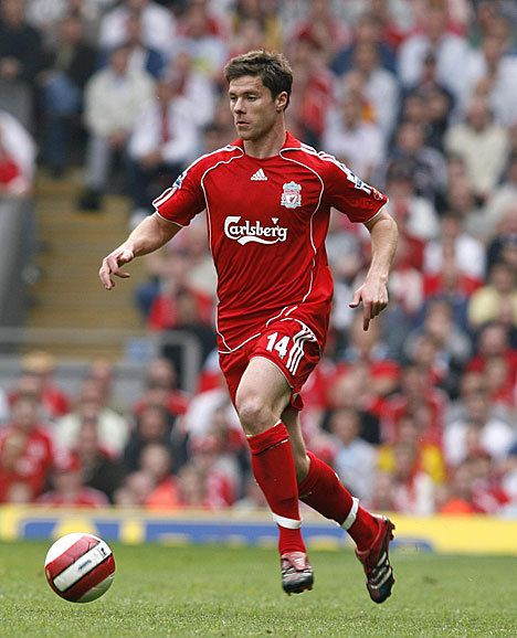 Xabi Alonso in action during the 2006-07 season #LFC #legend