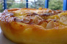 Le flan à l'abricot est l'un des grands classiques que l'on ne peut pas rater INGREDIENTS 10 abricots 4 oeufs 50 g de crème fraîche 20 g de beurre 50 cl de lait 150 g de sucre en poudre 80 g de farine 2 càs d'amandes effilées 3 càs de poudre d'amande...