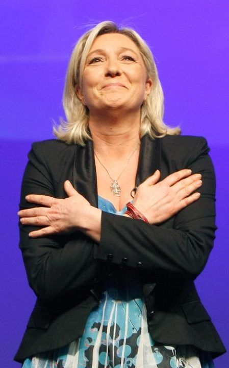 "Marine Le Pen French Far-Right leader Marine Le Pen thrust her mobile phone down her cleavage to keep it out of the hands of fraud inspectors who raided Front National headquarters, daring them to ""come and get it"", say French reports."