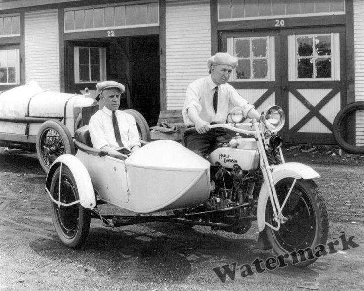 Photograph Harley Davidson Sidecar Motorcycle Murphy / Olson Year 1922  8x10