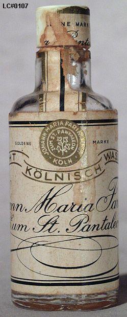 http://www.perfumeprojects.com/museum/bottles/images/Roger_Gallet_0107.jpg - Echt Kölnisch Wasser by Johann Maria Farina.