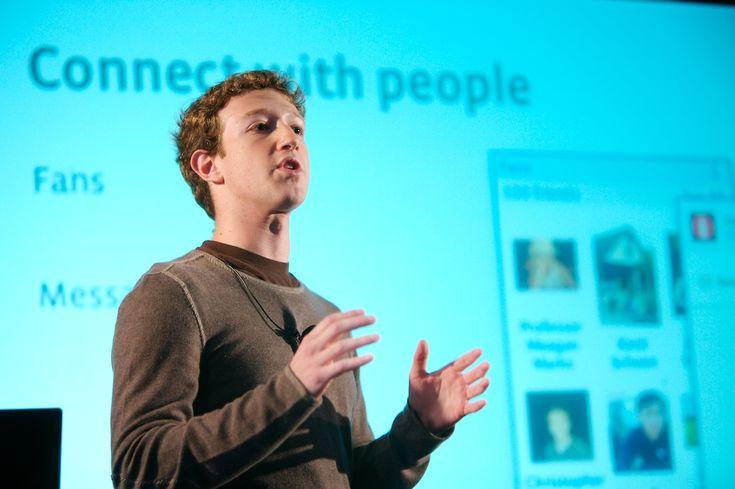 """Facebook-Gründer: """"Diese Vollidioten vertrauen mir"""" und die Nutzer sind doch Idioten http://www.cyber-magazin.de/2010/05/facebook-grunder-diese-vollidioten-vertrauen-mir/"""