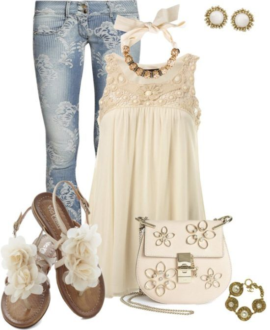 Lace and Flowers Cute Summer Outfit Not those pants though!