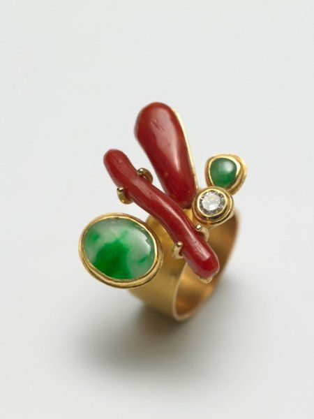 Rike Bartels - Untitled 2008 Ring  Gold 900, jade, coral, diamond