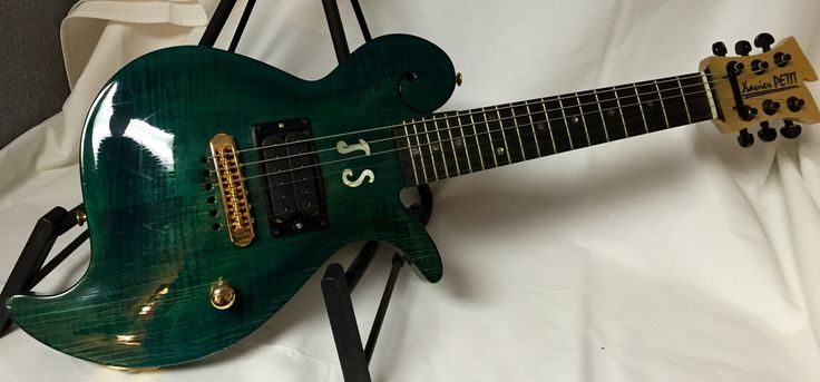 Xavier Petit Custom Joe Satriani Mini Electric Guitar (Joe Satriani Collection)(Pre-Owned)