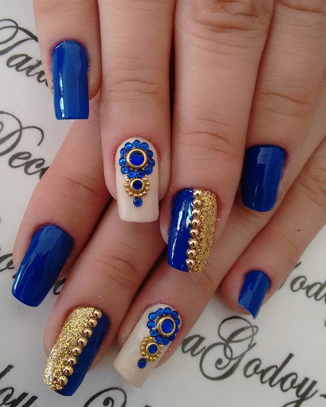 WEBSTA @ tatagodooy - Da série esquecidas no celular!#unhascompedraria#azulperfeito#unhasperfeitas#unhasdecoradas#pedraria#unhasclassicas#unhasgrandes#azuledourado#inlovefornails#artenasunhas #unhaeesmalte #meuvicioesmalte #loucasporesmalte #estilodeunha #esmaltenasunhas #universodasunhas #unhasdivas #unhasprontas #unhasincriveis #unhasbrasil #unhaslindaseperfeitas #unhaseoutrasfeminices #unhasqueadmiro #naildesign #nailpro #nailfashion #boanoitee#unhasdodia#unhasnude#unhasazuis
