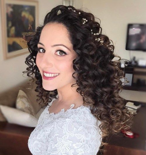 long curly hair wedding styles best 25 curly hairstyles ideas on 2734 | e0b2de446de681c32efc1a681bddab19