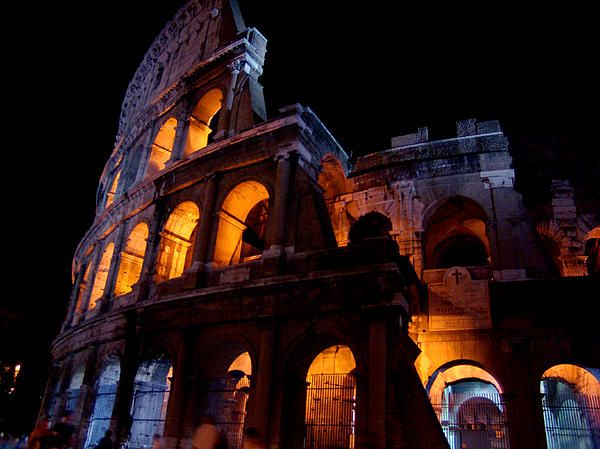 Historical shapes in the night