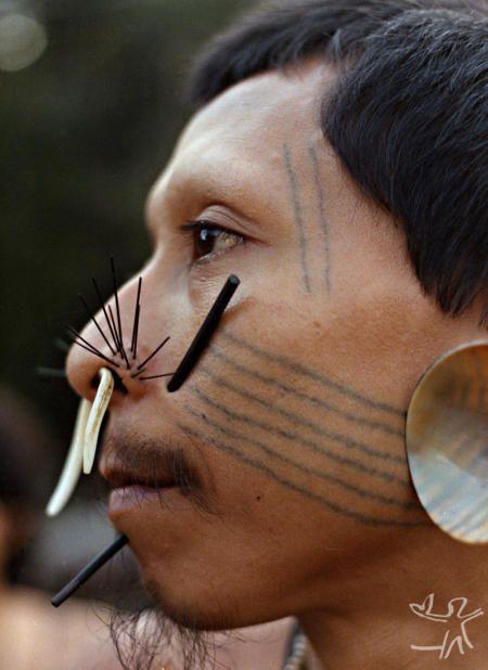 Matis Indian  Valley of Javari Indigenous Land. Amazon. Brazil   1985.(c) Isaac Amorim Filho