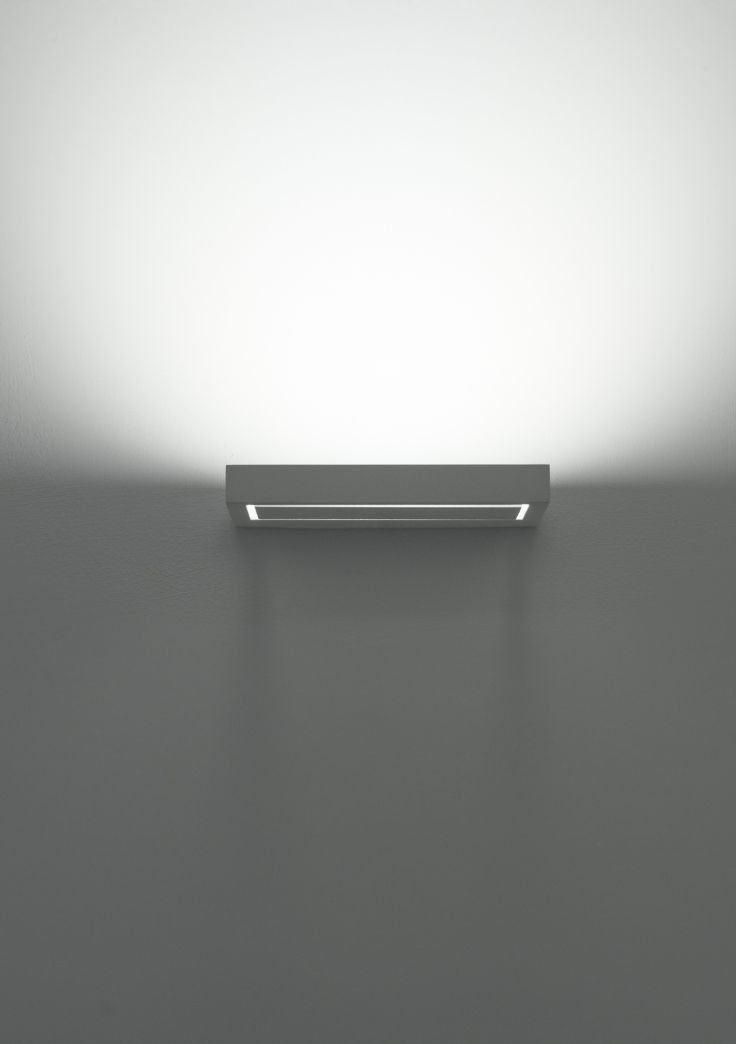 Italian LED wall light - this is where quality, excellence and technology come together - take a look #QualityDesignerLighting