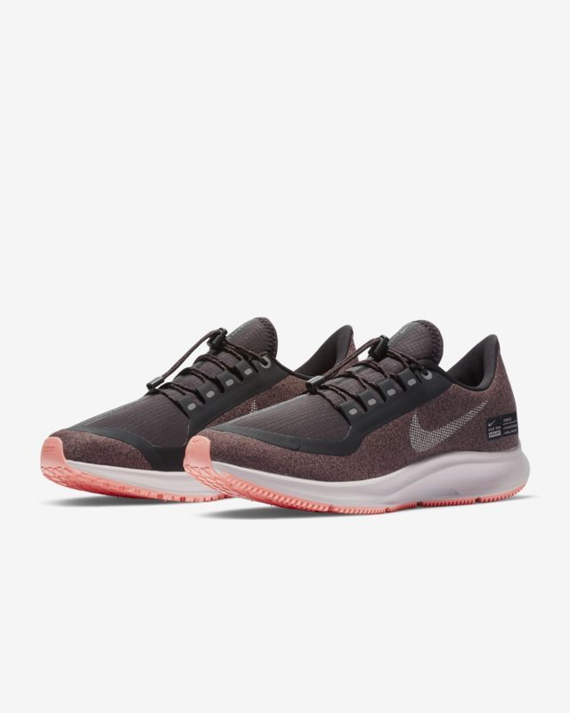 huge discount f68e1 128fd Nike Air Zoom Pegasus 35 Shield Water-Repellent Women s Running Shoe